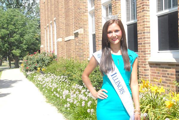 Miss Illinois Brittany Smith