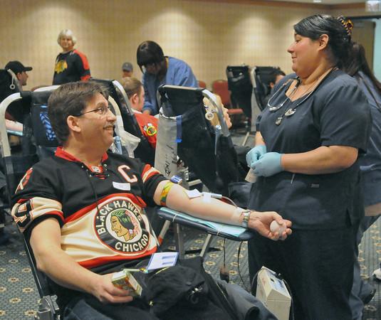 Blackhawks-LifeSource blood drive