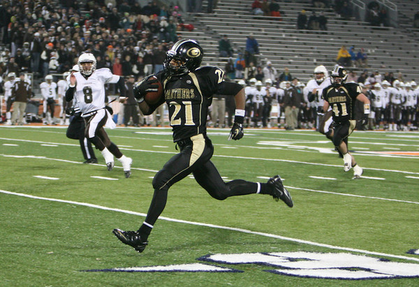 Glenbard North loses title game 28-14